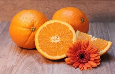 Những công dụng và lợi ích tuyệt vời từ quả cam