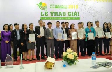 """Xây dựng tiêu chuẩn đưa nông sản Việt """"cất cánh"""""""