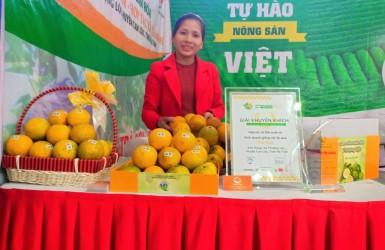 HTX Trà Sơn xã Thượng Lộc vinh dự được trao Giải Khuyến khích tại Lễ Trao giải VietFarm